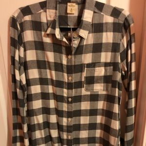 Hollister grey and white womens flannel